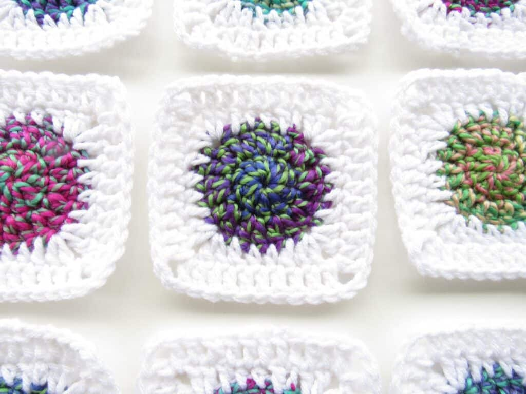 crochet sunburst granny square pattern