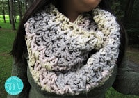 Quick and easy crochet infinity scarf free crochet pattern