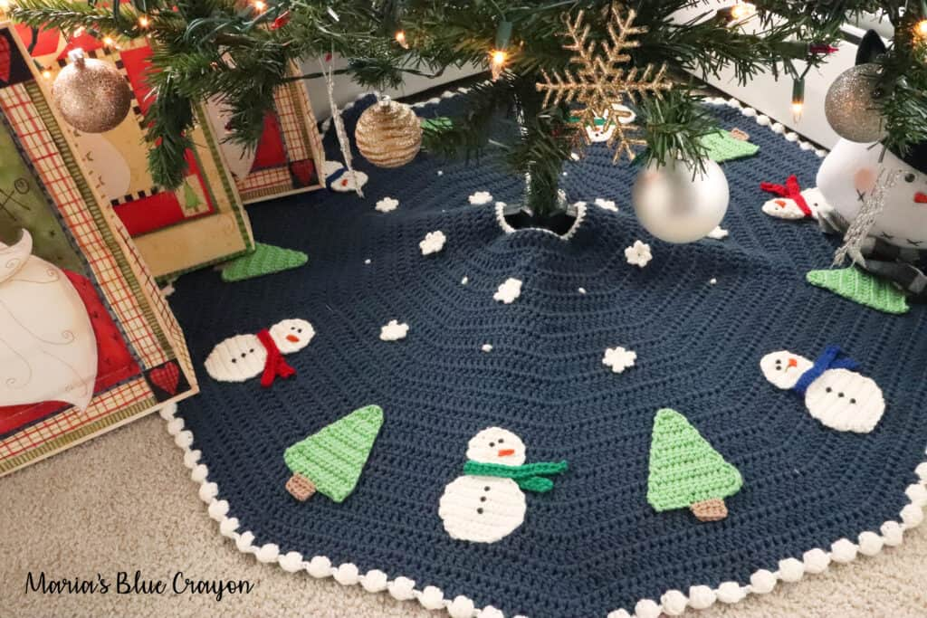 Christmas Snowman Tree Skirt Free Pattern Maria S Blue Crayon