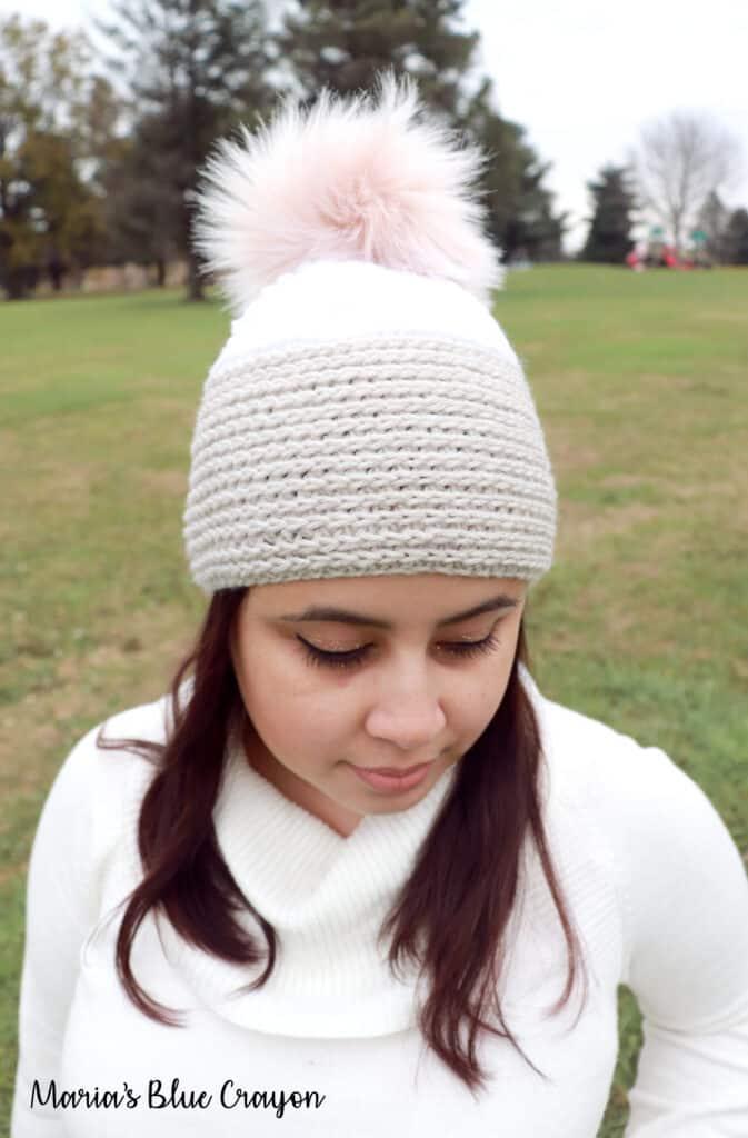 looks like knit crochet hat pattern