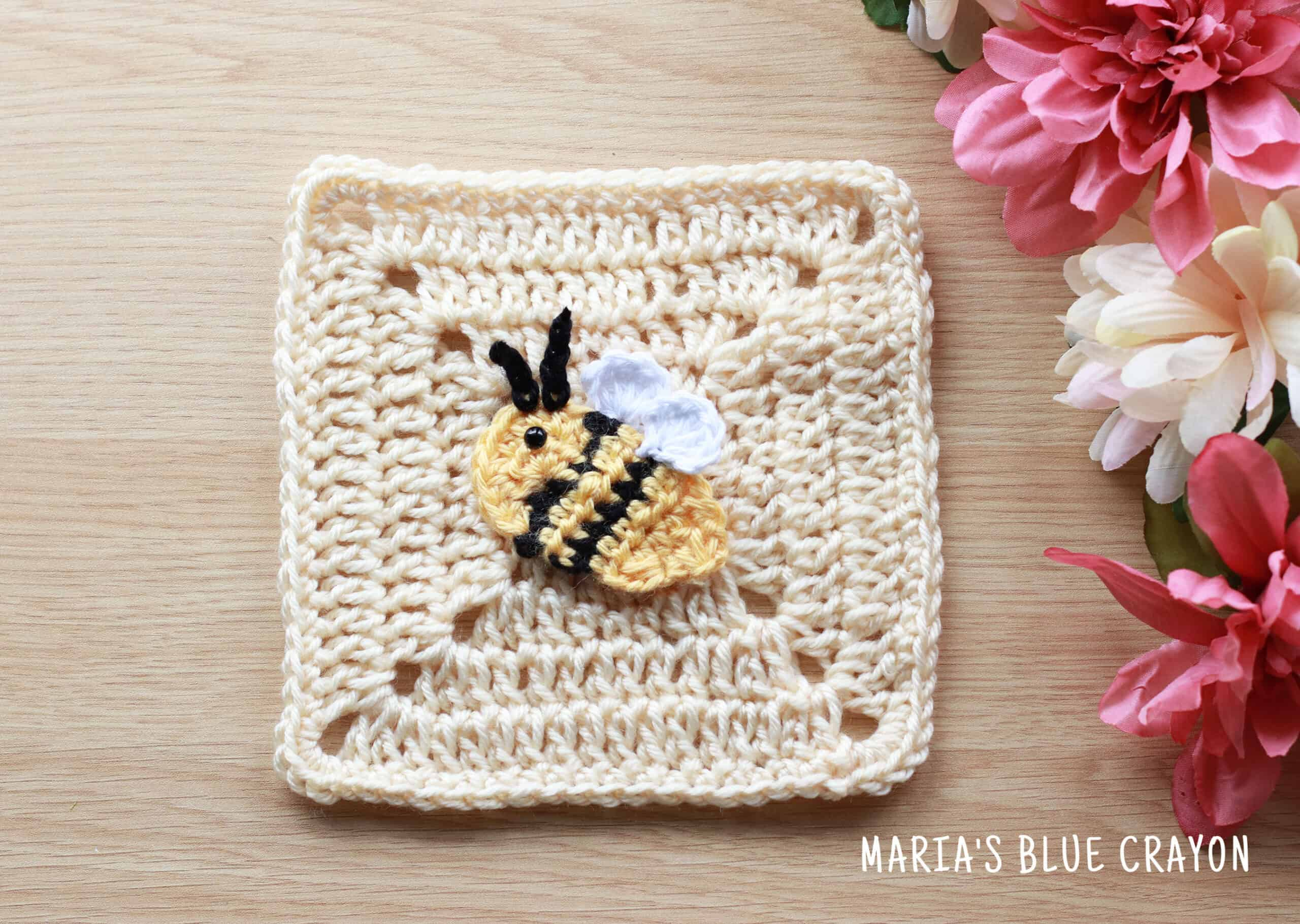 Cute Crochet Bumble Bee - Free Pattern - DIY 4 EVER | 1820x2560