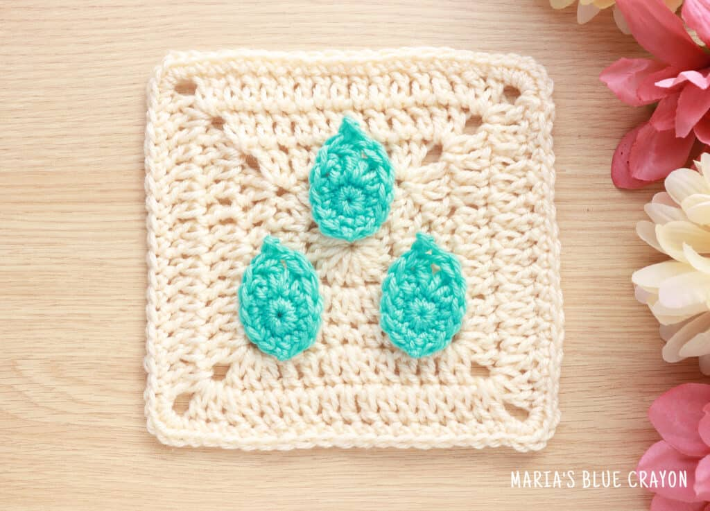 crochet raindrops applique