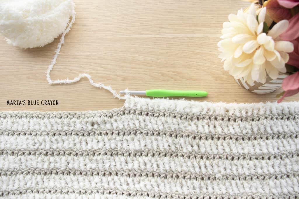 easy crochet blanket pattern with fuzzy yarn